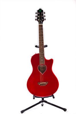 Fearless牌电箱民谣两用红色吉他